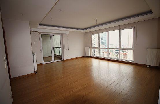 Ataşehir Towerland 3383 (28. Floor) For Sale!